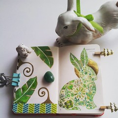 #pupitorabbit #cutebunnies #green #gold #moleskine #artjournal #minimoleskine #rabbit #drawing #conejito #sketchbook #flowers #patterns (Milagritos9) Tags: flowers green square gold drawing patterns squareformat lark artistjournal cutebunnies minisketchbook petjournal iphoneography instagramapp uploaded:by=instagram conejitoadorable pupitorabbit minimoleskinediary