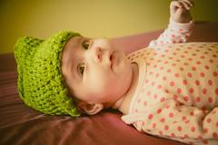 Ainhoa  (Juanedc) Tags: baby verde green girl beautiful hat spain gorro zaragoza newborn preciosa aragon bebe hermosa saragossa beba ainhoa neonato gorrito valdespartera espaa nia