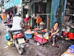 Ho Chi Minh through my lens (-Faisal Aljunied - !!) Tags: chinatown vietnamese streetphotography vietnam pork saigon streetmarket hochiminh cholon olympusomdem1 faisalaljunied