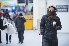 coldness 23 (matteroffact) Tags: china road city winter urban cold frozen nikon asia shanghai wind weekend district chinese january freezing andrew chill bitter shoppers chine huaihai brrrr d800 huangpu puxi 13c 2016 recordbreaking windchill juwan 7c luwan rochfort andrewrochfort d800e