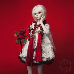 Doll & Jewelry (jullery) Tags: girl beauty female design beads doll dress bjd porcelain beadwork fashionjewelry beadsofglass porcelainbjd