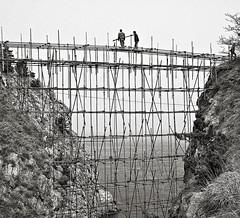 BRIDGE (d.teil) Tags: china bridge white black water landscape wasser bamboo brcke bambus konstruktion statik konstruction