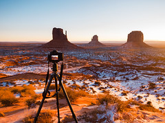 Shoot monument valley (Joe Y Jiang) Tags: trip travel family friends sunset arizona west nature beauty sunrise river utah nationalpark lasvegas nevada arches american valley page canyonlands antelope zion horseshoe capitolreef brycecanyon monumentvalley lanscape fourcorners m43 gx7 2015christmas