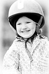 Happy child (Jukka Kero) Tags: bw girl happy child joy ilo lapsi tytt onnellinen