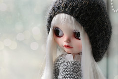 Milk says hello (andreeamariuka) Tags: white cute hair carving blythe freckles custom beanie mariuka mariukadolls pomipomari cadencemajorette