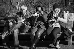 street snack.. central park west, nyc... (John Moyers) Tags: nyc eating centralpark streetphotography tourist snack streetfood museumofnaturalhistory centralparkwest photobyjohndmoyers