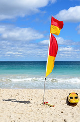 Scarborough Beach (pedro smithson) Tags: travel blue shadow red sea white green beach yellow clouds danger sand nikon kayak waves flag wildlife australia lifeguard perth sharks scarborough safe aussie oceania oceanica csky pedrosmithson
