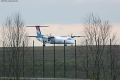 LUXAIR Bombardier Dash8 LX-LGG On track 08R (AlainG) Tags: france plane airport aviation landing propeller aeroport iledefrance spotting avion cdg dash8 liner luxair atterrissage charledegaulle helice bombardierdash8 08r lxlgg canon5dmarkiii