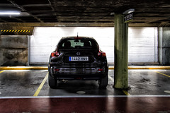 DSC_0468rp (JC Arranz) Tags: espaa contraluz nissan juan parking aparcamiento ciudad carlos girona 3200 catalua oscuro juke arranz nikond