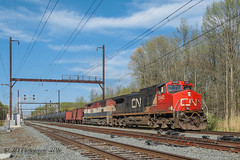 CSXT K614-21 @ CP TL (Darryl Rule's Photography) Tags: sun train reading spring bc diesel pennsylvania trains pa oil april local ge freight buckscounty westbound catenary canadiannational csx freighttrain emd cnj bcrail cowl csxt woodbourne readingrailroad oxfordvalley mixedfreight britishcolumbiarail cptl oiltrains k614 k138 c970 trentonsub k61421