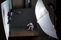 BTS Anit-Venom vs Speed Demon (Vimlossus) Tags: umbrella toy flash setup strobe snoot