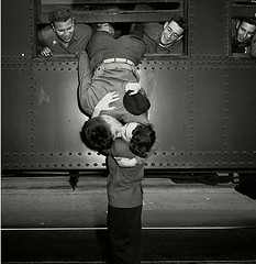 A soldier leans out of a train to kiss a woman goodbye in California (1950) [960 x 639] #HistoryPorn #history #retro http://ift.tt/1SWERiw (Histolines) Tags: california woman history train out soldier kiss x retro timeline goodbye 1950 leans 639 960 vinatage a historyporn histolines httpifttt1sweriw