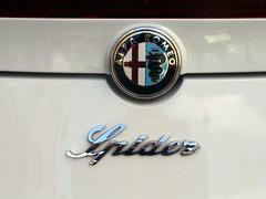 Alfa Romeo Spider 2011 (a.k.a. Ardy) Tags: car details badge sportscar softtop 6tkb68