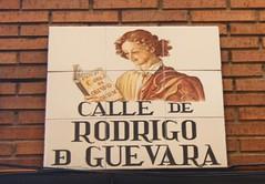 Azulejo de la calle Rodrigo de Guevara. Madrid (Carlos Vias-Valle) Tags: azulejo callerodrigodeguevara