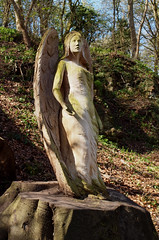 2016_04_0140 (petermit2) Tags: angel sculpture wood woodensculpture knaresborough northyorkshire yorkshire smileonsaturday angelsonearth