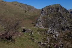 ItsusikoHarria-31 (enekobidegain) Tags: mountains montagne monte euskalherria basquecountry pyrnes pirineos mendia paysbasque nafarroa pirineoak bidarrai itsasu itsusikoharria