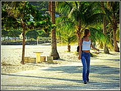 Uma caminhada (o.dirce) Tags: street praia beach girl riodejaneiro young moa caminhada niteri calada odirce