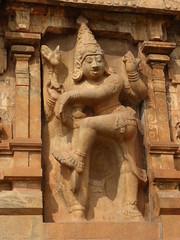 Dvarpala, Thanjavur Temple (Aidan McRae Thomson) Tags: sculpture india temple carving relief thanjavur hindu tamilnadu chola