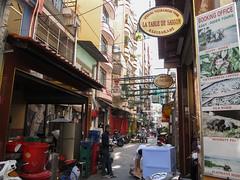 """Ho Chi Minh Ville: notre quartier <a style=""""margin-left:10px; font-size:0.8em;"""" href=""""http://www.flickr.com/photos/127723101@N04/23975473084/"""" target=""""_blank"""">@flickr</a>"""
