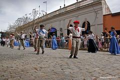 Danza tipca - Dia de la Tradicion (pniselba) Tags: dance buenosaires danza gauchos baile tradicion provinciadebuenosaires sanantoniodeareco areco bailetipico diadelatradicion danzatipica