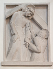 Jesus begegnet seiner Mutter (wpt1967) Tags: church maria jesus kirche christus kirke kreuzweg canon50mm station4 odenthal altenbergerdom 4station eos60d wpt1967