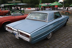 Ford Thunderbird 1964 (elbaracuda2002) Tags: auto ford classiccar pickup automotive hannover chevy hotrod oldtimer motor pontiac thunderbird gearhead 1964 cruzin oldsmobile youngtimer uscar streetmagazine uscartreffen streetnats