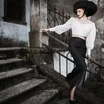 La dame parisienne. Model: Patricija Harl; Agencija 22, design: Sare Biljali Fashion MUA: Tanja Petkovšek assistant: Blaž Benedik Ivanov photo: Gregor Ravnik Blog: http://grgecblog.blogspot.com/2014/0