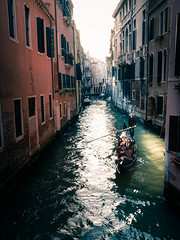 Light in the canal (Braiu) Tags: street venice light shadow urban italy sun canal streetphotography it gondola venezia gondolier rayoflight veneto