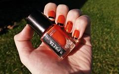 Desafio das sries #7 (Rassa S. (:) Tags: orange black glitter laranja preto nails impala nailpolish unhas esmalte colorama naillacquer pretagil cremoso desafiodassries