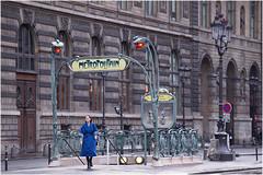 Paris Street Photography (Carlos Pinho Photography) Tags: life street blue people paris girl fashion subway métro streetphotography metropolitain palaisroyal métroparisien