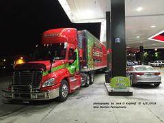 Freightliner, New Stanton, PA, 4-21-2016 (jackdk) Tags: tractor truck semi gas gasstation kia semitruck reefer sheetz tractortrailer optima freightliner kiaoptima sheetzgas sheetztruck