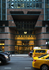 IMG_9810 (kz1000ps) Tags: nyc newyorkcity tower architecture office construction cityscape realestate manhattan 1988 ground midtown pomo level helmut 1980s urbanism base development postmodernism jahn postmodernist 425lexingtonavenue