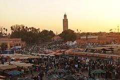 Marrakesh- Jemaa el-Fnaa (GregEightyFive) Tags: africa sunset sonnenuntergang morocco afrika marrakesh marokko marrakesch moschee djemaaelfna jemaaelfnaa koutoubiamosque