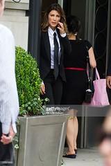 Jennifer Esposito 2 (drno_manchuria (simonsaw)) Tags: fashion shirt movie moda tie suit actress corbata gravata traje terno camisa menswear actriz suitup jenniferesposito trajeada