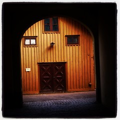 Portrom #portrom #hjo #sweden #sverige #trehus... (Anders SB) Tags: architecture sweden v sverige arkitektur trehus hjo portrom uploaded:by=flickstagram bygnadsv instagram:photo=995059060083355675202339955