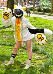 IMG_8890 (Neil Keogh Photography) Tags: red white black anime yellow cat mask boots cosplay top manga videogame hood shorts cosplayer paws pigtails catears smileyface plats blazeblue taokaka nwcosplayeastermeet2016