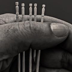 ...who pull the short straw (Ignacio M. Jiménez) Tags: macromondays oneofthesethings palillos toothpick mondadientes mano hand redmatrix firstquality ignaciomjiménez