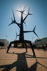 Portugal - Lisbon - Homem-sol by Jorge Vieira_DSC0860 (Darrell Godliman) Tags: sculpture art silhouette iron contemporaryart contemporary modernart sunman parquedasnacoes homemsol parkofnations jorgeviera portugallisbonhomemsolbyjorgevieiradsc0860