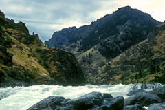 Snake River - Hells Canyon Idaho - Oregon Border 1 (Don Thoreby) Tags: oregon whitewater rapids idaho snakeriver pacificnorthwest gorge remote wilderness hellscanyon snakerivercanyon riverrafting riverscene noroads oregonidahoborder