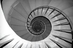 villa d'este.tivoli.it (alice 240) Tags: travel bw italy art tourism architecture stairs design tivoli blackwhite nikon europa europe flickr poetry italia artistic geometry magic perspective creative dream architettura lazio villadeste passionphotography