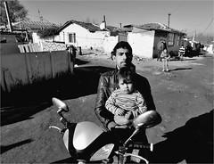 .4.9.5. (la_imagen) Tags: street people blackandwhite bw turkey child trkiye trace streetlife menschen kind trkei sw ocuk insan turqua sokak siyahbeyaz orlu trakya streetandsituation trakien
