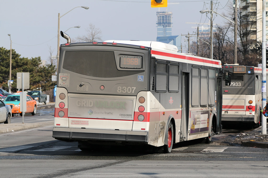 8307: 196B Rocket Express to Downsview Station