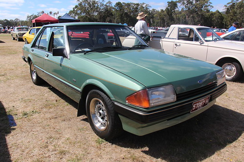1982 Ford XE Falcon GL Sedan