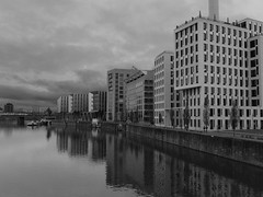 Waterside (bosseniemann) Tags: winter architecture germany dark grey frankfurt main waterside westhafen x30 mainhattan