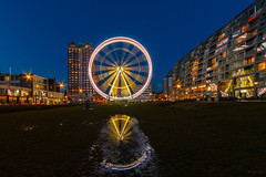Turbo @ Rotterdam (Marcel Tuit | www.marceltuit.nl) Tags: city sunset holland reflection me water architecture night canon eos dawn twilight zonsondergang rotterdam downtown blaak nacht dusk nederland thenetherlands 7d ferriswheel bluehour stad architectuur willemsbrug propellor theview reuzenrad schemering giantwheel zuidholland reflectie oudehaven binnenstad oldharbor dageraad markthal blauweuur marceltuit contactmarceltuitnl wwwmarceltuitnl