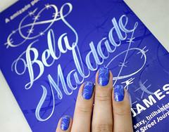 [Abril Literrio] Bela Maldade (beeanka.) Tags: blue azul silver book nails livro nailpolish omg unhas nailart holographic prata vernis esmalte skoob naillacquer prateado verniz chinaglaze konad rebeccajames hologrfico unhasdecoradas belamaldade azuleltrico iseathepoint