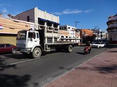 Mack flatbed truck (RD Paul) Tags: truck dominicanrepublic camion trucks mack santodomingo camiones repúblicadominicana