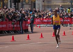 Jemima Sumgong (V Photography and Art) Tags: london kenya marathon buckinghampalace elite finish winner spectators athlete runner crowds finishline themall londonmarathon2016