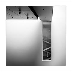 MOMA III (ximo rosell) Tags: blackandwhite bw newyork blancoynegro stairs nikon museu squares moma bn eeuu ximorosell