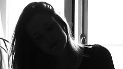 La llum (lluiscn) Tags: light portrait bw woman blancoynegro luz girl mujer retrato bn dona llum blancinegre retrat contrallum cabell fons xica